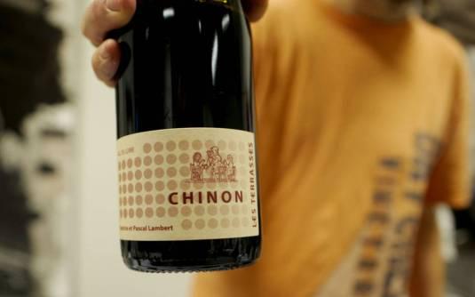 Chiron les Terrasses fra Pascal Lambert 2015 er en vin med masse krydderpreg. Koster kr 189.