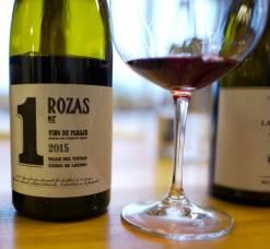 Rozas 1er Cru Garnacha fra Comando G. Vinen fra Madrid koster kr 325. Dette er en spennende, frisk og fruktig vin.