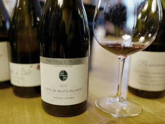 Patrice Rion Côte de Nuits Villages Vielles Vignes laget på 100% pinot noir koster kr 299,90. Burgundvinen er superfruktig og et godt kjøp, synes jeg.