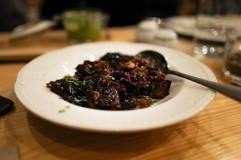Grillede auberginer, tomater, oliven. En slags caponata.