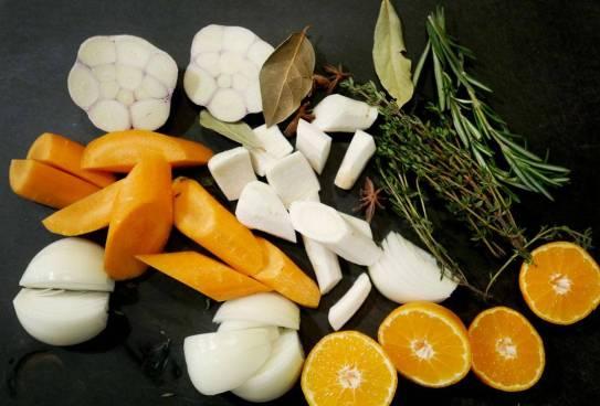 Grønnsaker til gryen.
