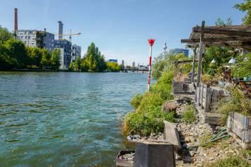 Berlin_germany_helleskitchenL1510645