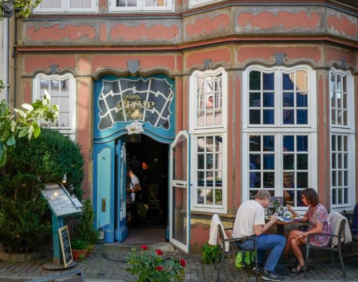 Bremen_germany_helleskitchenL1510093