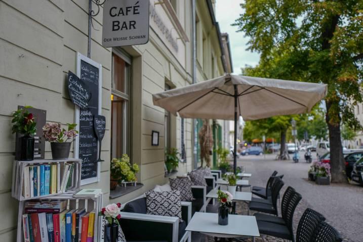 Potsdam_germany_helleskitchenL1510340