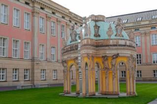 Potsdam_germany_helleskitchenL1510368