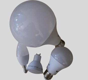 Le pack MOYEN d'ampoules LED avec 5 modèles différents