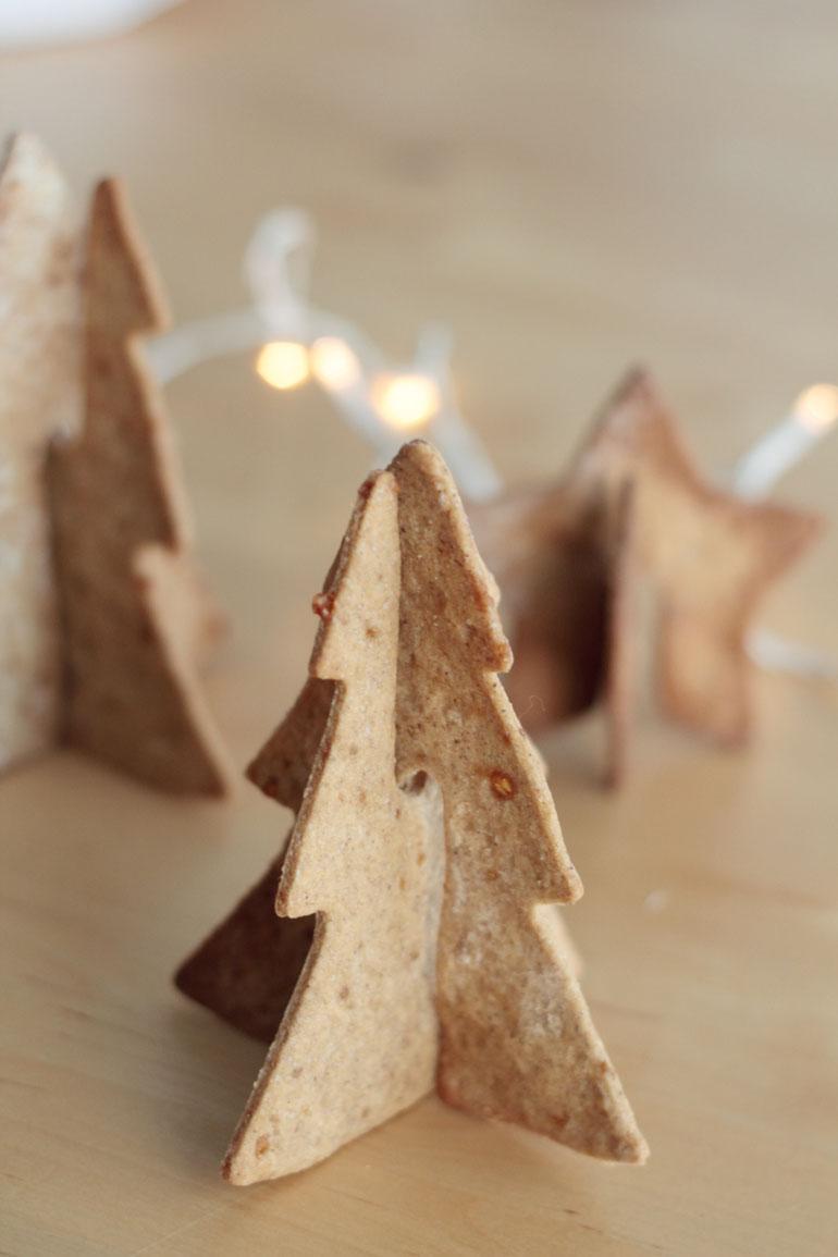 hello-gingerbread-cookies-marlette