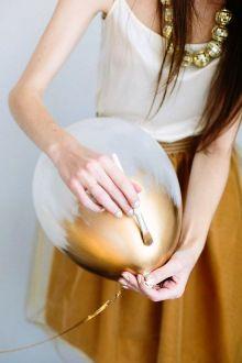 Ballons or et blanc faits main