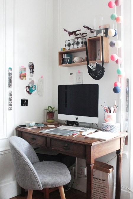 Bureau, iMac, Guirlande, Sac Chat