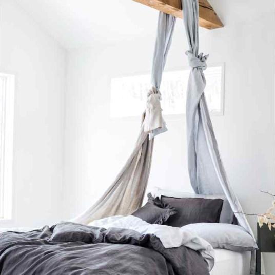 Linge de lit en lin gris