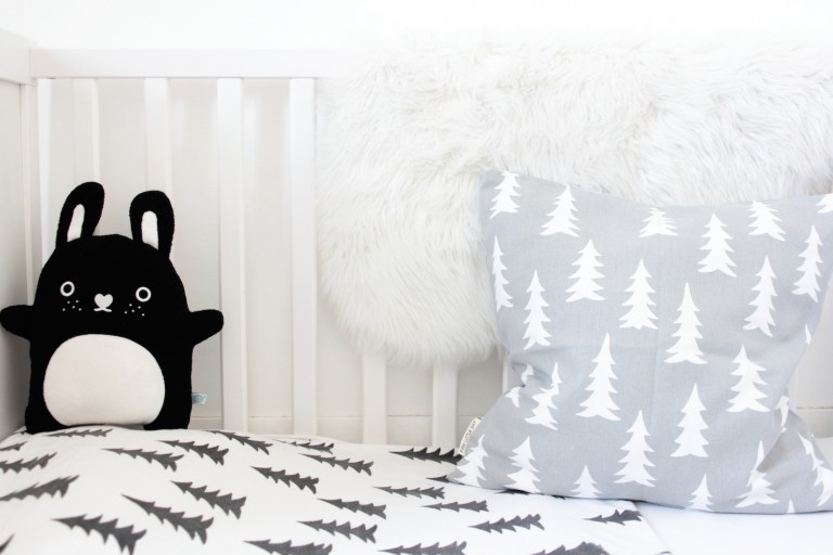 Tendance Black and White - Chambre d'enfants - Black and White Kidsroom // Hëllø Blogzine www.hello-hello.fr