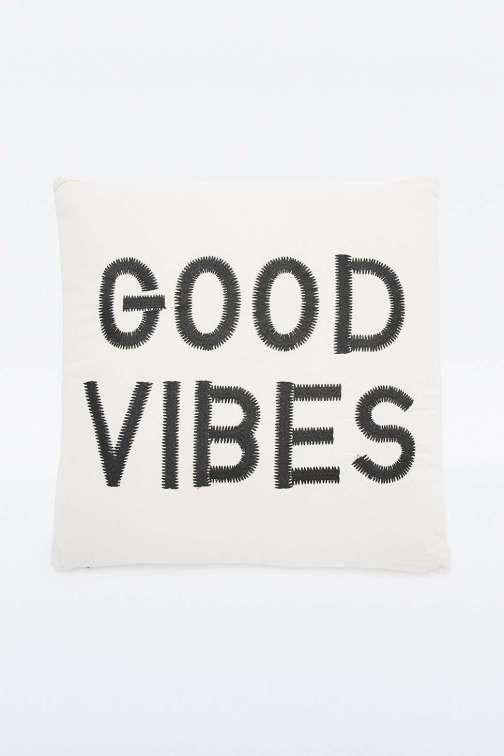 Good Vibes Only // Hëllø Blogzine blog deco & lifestyle www.hello-hello.fr