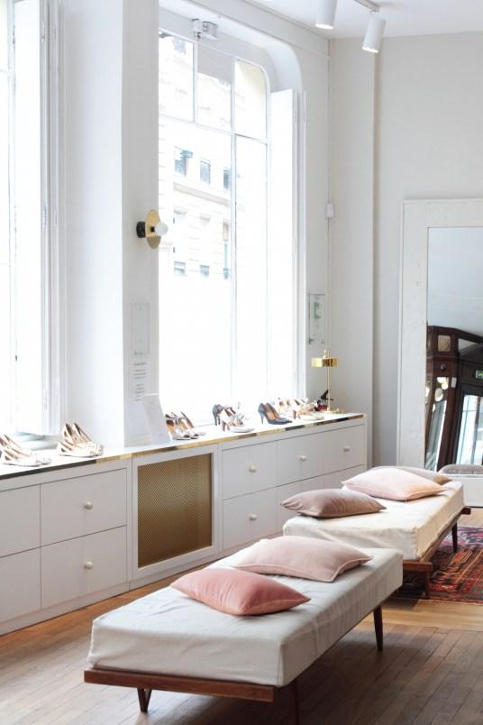 Appartement Sezane Paris // Hëllø Blogzine blog deco & lifestyle www.hello-hello.fr