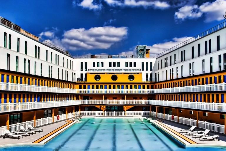 Trois piscines parisiennes o se rafra chir h ll blogzine for Piscine parisienne