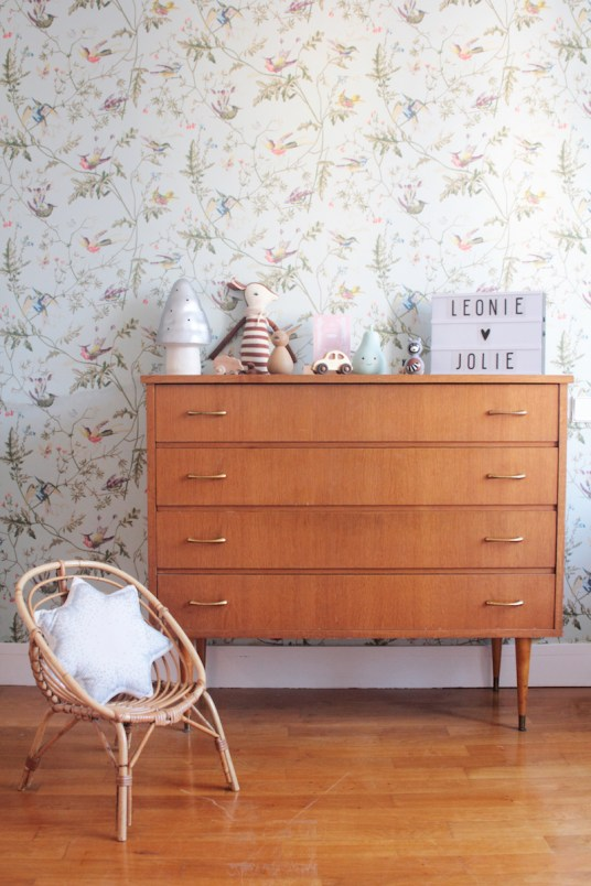 chambre fille vintage retro romantique rose vert menthe. Black Bedroom Furniture Sets. Home Design Ideas