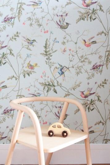 La chambre de Léonie. Déco chambre fille, romantique et vintage // Hëllø Blogzine blog deco & lifestyle www.hello-hello.fr #vintage #retro #mumanddadfactory #woodentoys