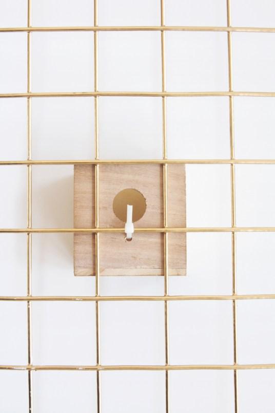 DIY Desk Organizer // Hëllø Blogzine blog deco & lifestyle www.hello-hello.fr #gold #deskorganizer #desk #diy