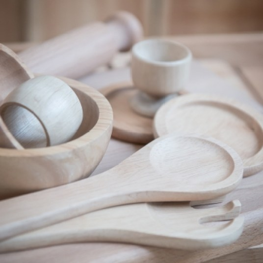 Vaisselle en bois // Hëllø Blogzine blog deco & lifestyle www.hello-hello.fr #wood