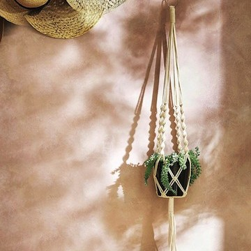 Suspension macramé // Hëllø Blogzine blog deco & lifestyle www.hello-hello.fr #macrame #suspension