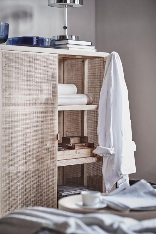 le superbe buffet en rotin de la collection stockholm de ikea. Black Bedroom Furniture Sets. Home Design Ideas