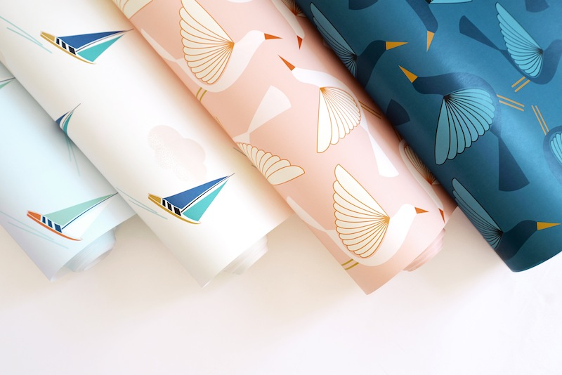Papier peint Zina Lahrichi x emoi emoi // Hellø Blogzine Blog déco Lifestyle - www.hello-hello.fr #deco #papierpeint #wallpaper #kidsroom
