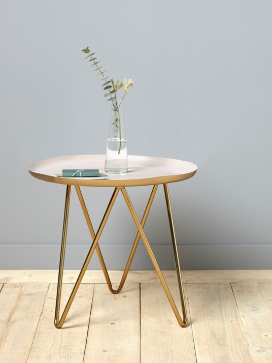 Table d'appoint, 155€