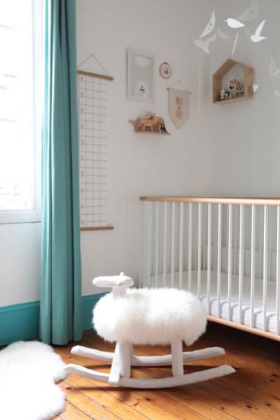 Mouton à bascule design Suède Import // Hellø Blogzine, blog déco lifestyle - www.hello-hello.fr