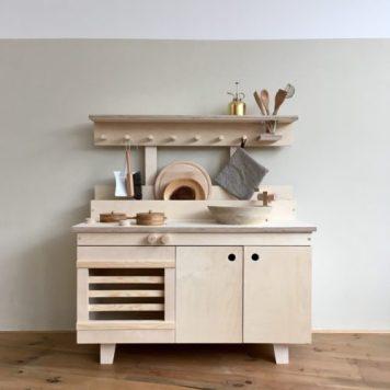 Cuisine pour enfant en bois Woodchuck // Hëllø Blogzine blog deco & lifestyle www.hello-hello.fr