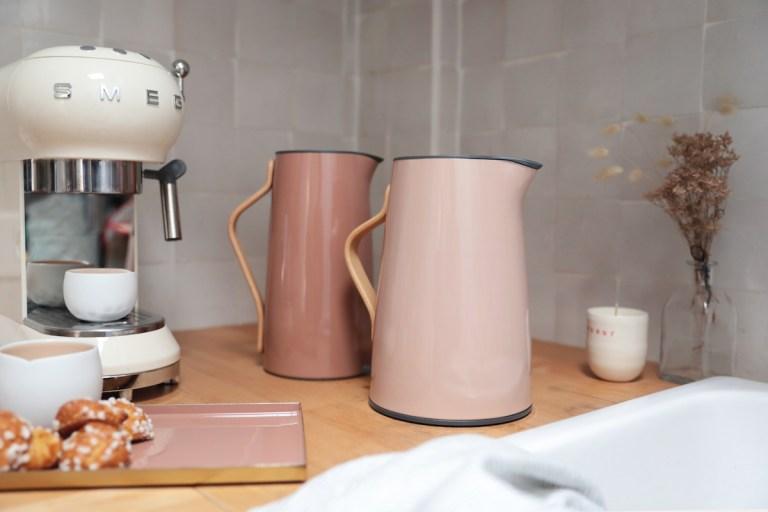 Pichet et bouilloire design Emma de Stelton // Hellø Blogzine - Blog déco Lifestyle - www.hello-hello.fr