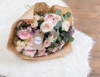 Fleuriste en ligne qui livre de jolis bouquets, simples et élégants // Hellø Blogzine blog deco & lifestyle www.hello-hello.fr