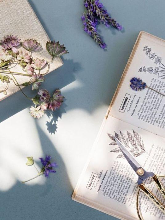 Astuces pour bien faire sécher ses fleurs // Hëllø Blogzine blog deco & lifestyle www.hello-hello.fr