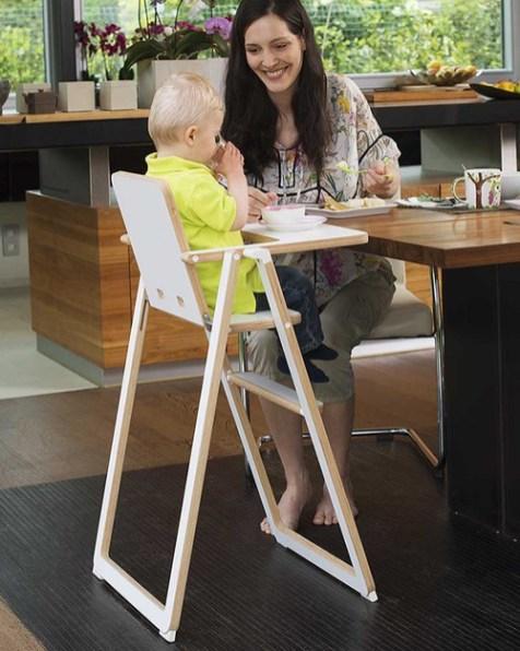 Chaise haute design pour enfant // Hellø Blogzine - blog déco lifestyle - www.hello-hello.fr