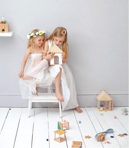 Où trouver une jolie maison de poupée ? // Hellø Blogzine blog deco & lifestyle www.hello-hello.fr