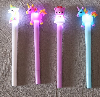 Crayons lumineux Hello kitty et licorne