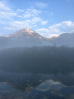朝霧の焼岳