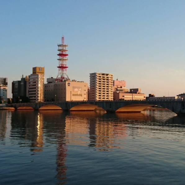 信濃川と朝焼け1
