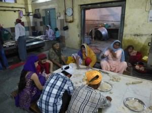 Delhi - 2013.10 - Gurudwara Sis Ganj (temple Sikh) (40)