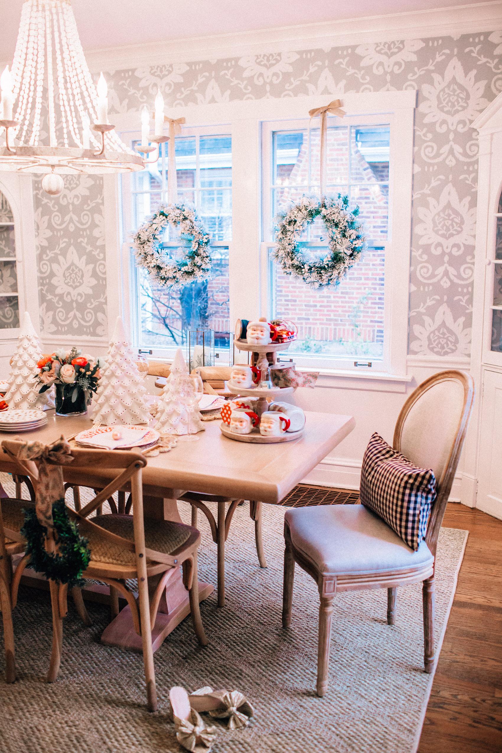 Family Room Coffee Table Decor