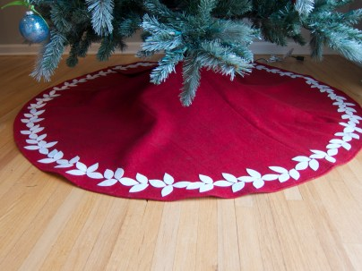Hello Aerie - Christmas Tree Felt Skirt