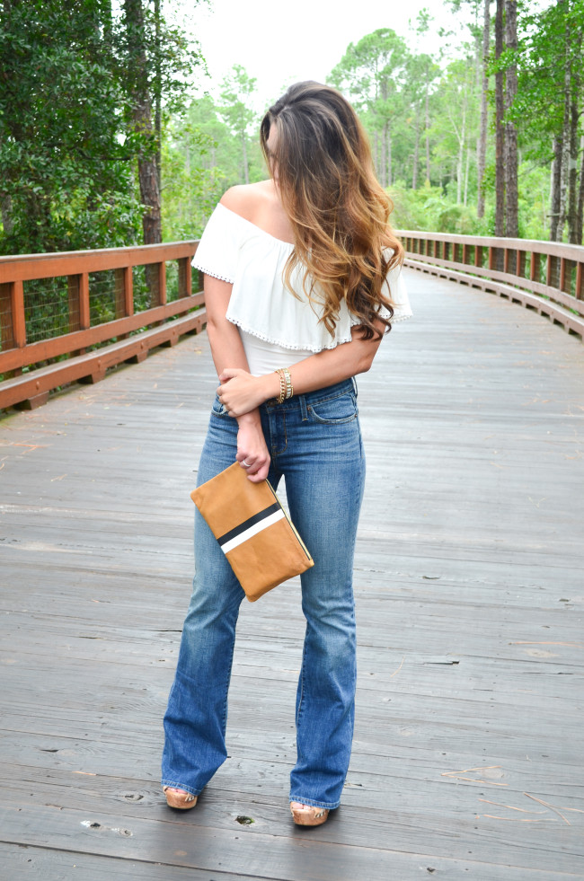 white flare shirt- flare jeans-1
