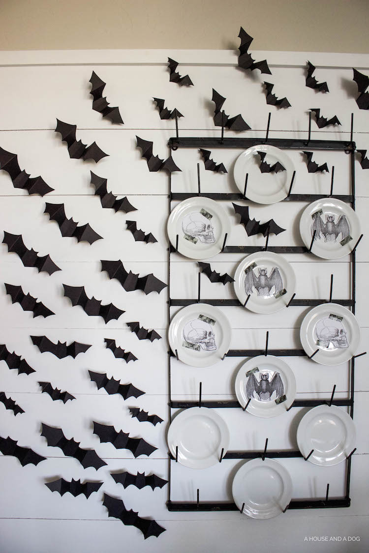 Halloween Dining Room & DIY Halloween Bat Wall | helloallisonblog.com