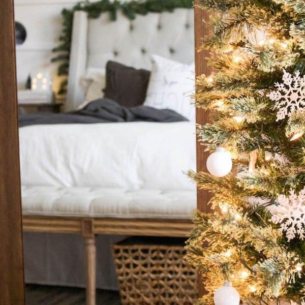 Simple White & Gray Christmas Bedroom 2016 | helloallisonblog.com