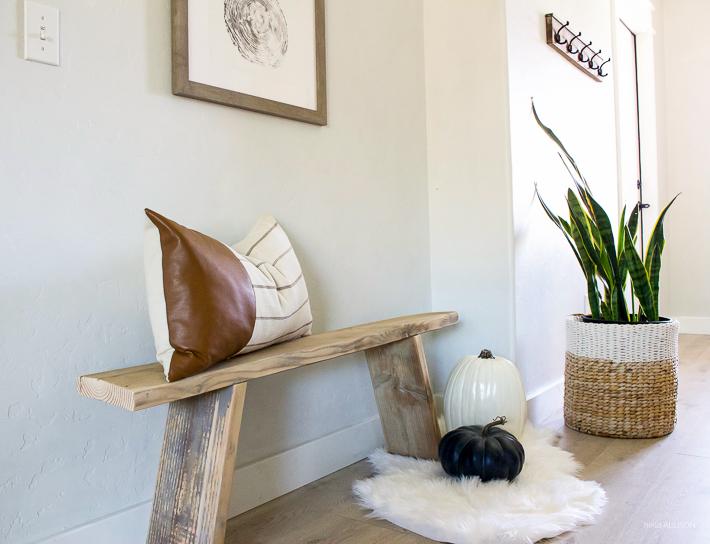 DIY Antique Bench | helloallisonblog.com