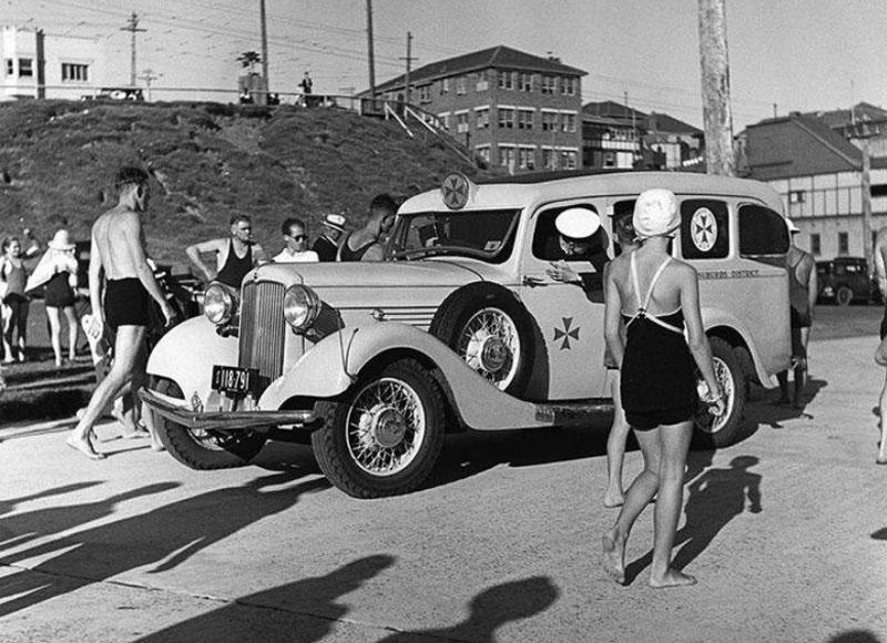 Ambulance at North Bondi in the 1930s