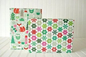 Adorable Amazon Holiday Wrapping Paper