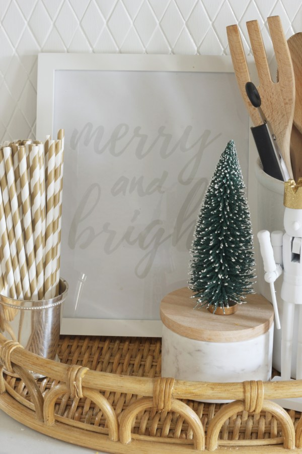 """Free Christmas printable to frame for the holiday season! This """"Merry & Bright"""" free print is made for an 8x10 frame and comes in two different shades. Add a little holiday cheer to your home by just downloading and printing!"""