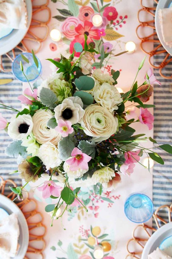 If you want to rock the table decorating game, you need to check out these beautiful spring table decorations! Whether it's their classic feel or colorful flowers, each table's spring decor will leave you feeling refreshed, inspired, and ready for Easter!