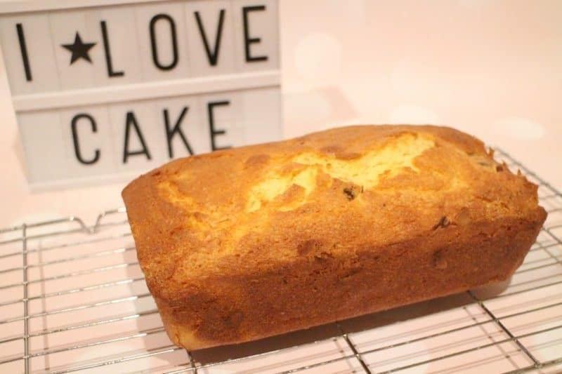baked loaf cake