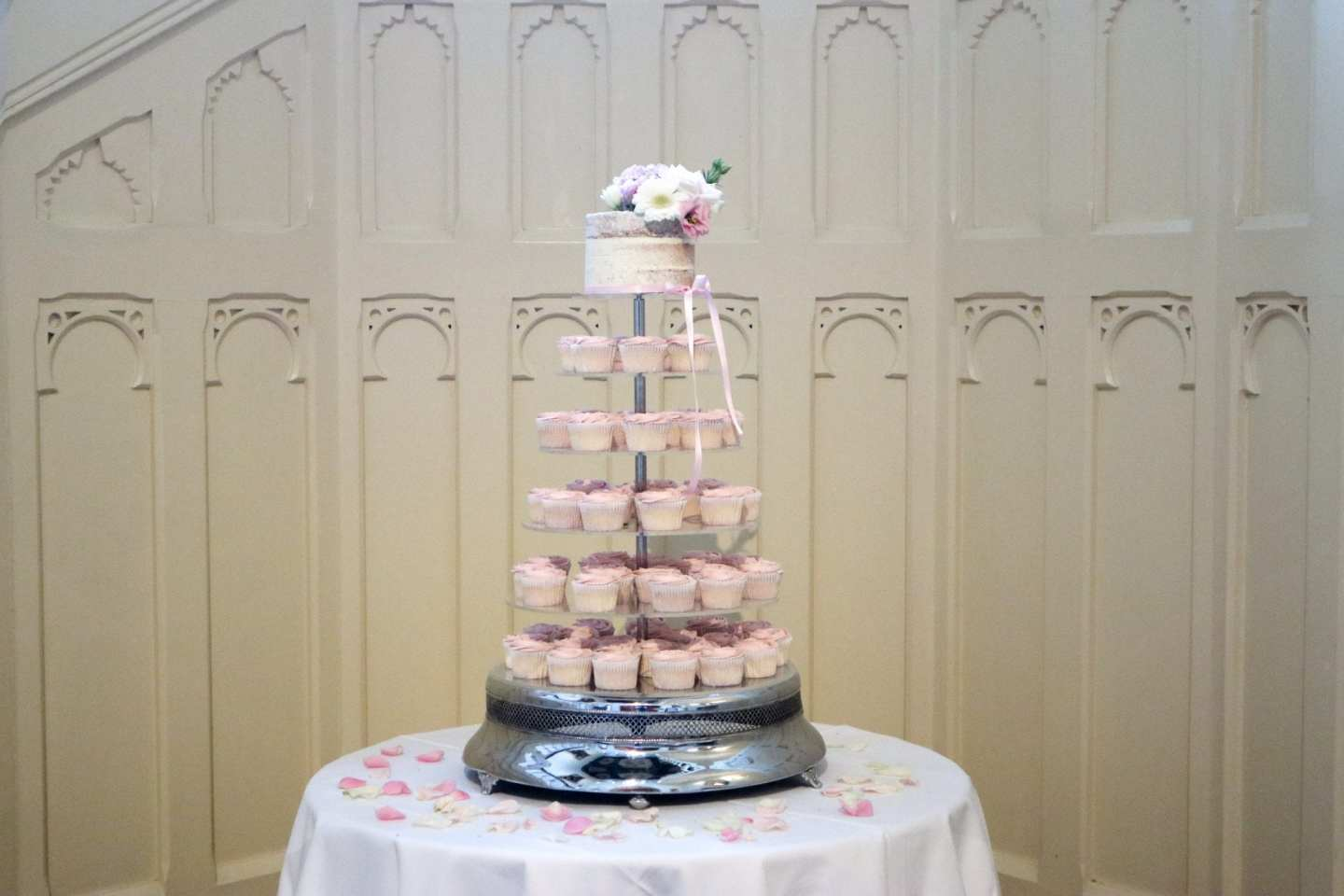 Wedding Cupcakes at The Elvetham