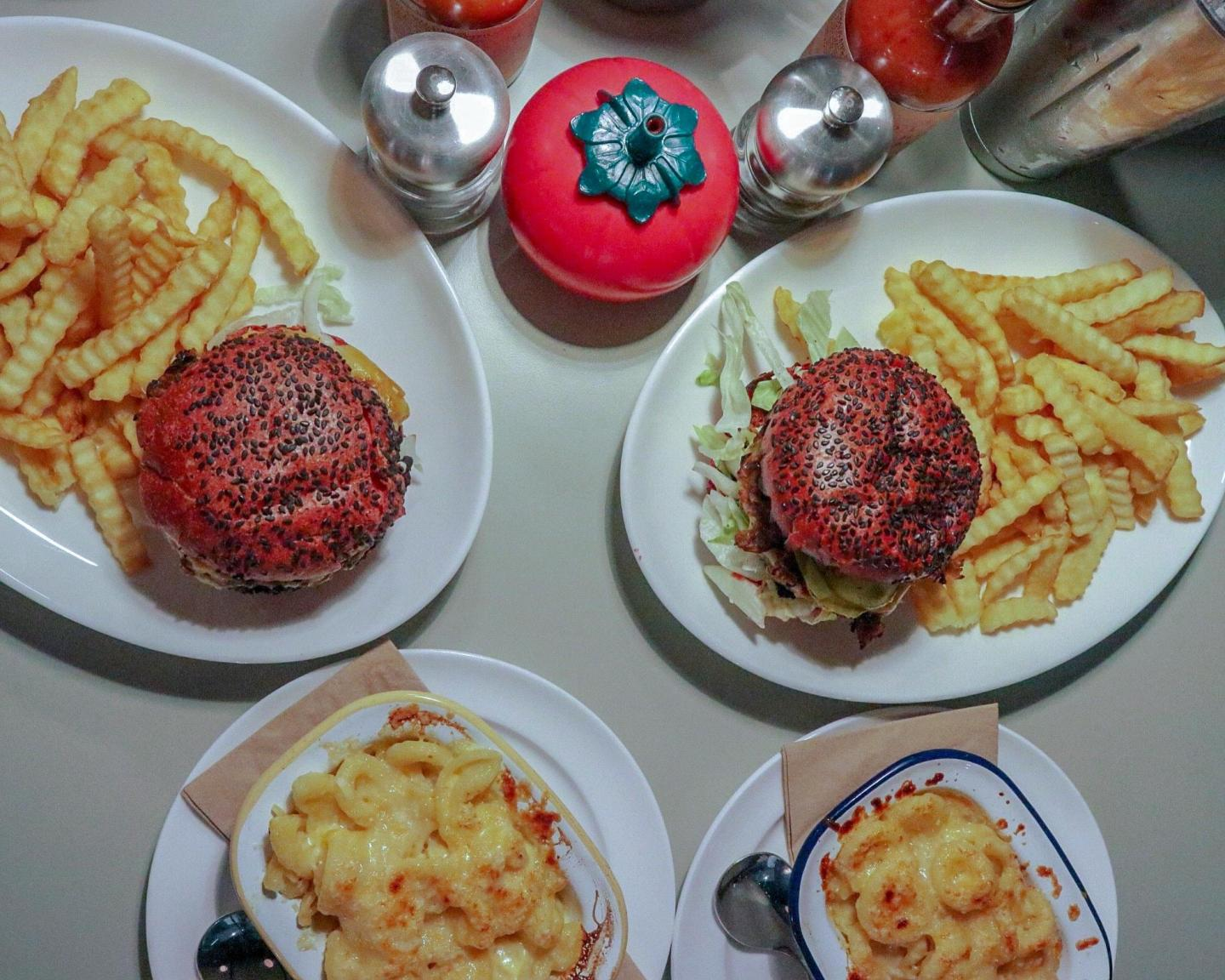 Mollie's Motel and Diner Review